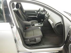 Audi A6 2.4 V6 4d MultiTronic, vm. 2006, 212 tkm (10 / 13)