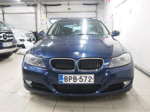BMW 320 D xDrive A E90 Sedan Limited Busin Edit, vm. 2011, 163 tkm (3 / 12)