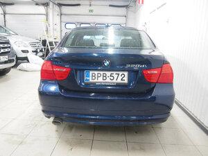 BMW 320 D xDrive A E90 Sedan Limited Busin Edit, vm. 2011, 163 tkm (7 / 12)