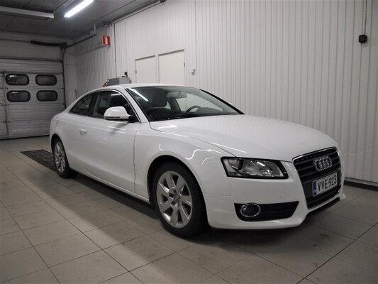 Audi A5 Coupé 2,0 TFSI 132 Start-Stop, vm. 2009, 141 tkm (1 / 8)
