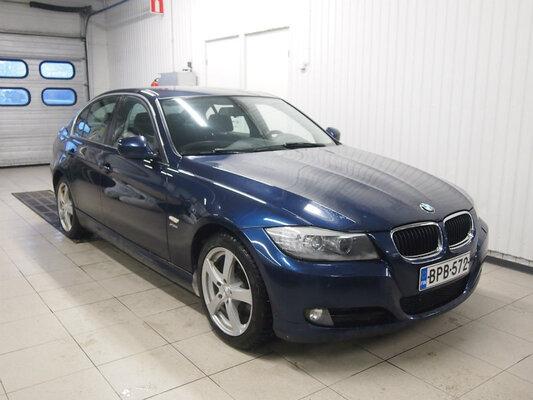 BMW 320 D xDrive A E90 Sedan Limited Busin Edit, vm. 2011, 163 tkm (1 / 12)